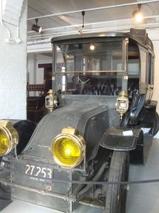 1906 Charron-Girodot (toilet car)